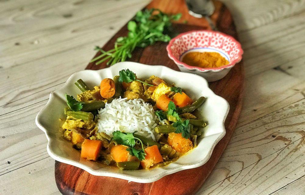 Slowcookerrecept: Jamaicaanse curry met kip