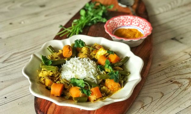 jamaicaanse curry opgediend
