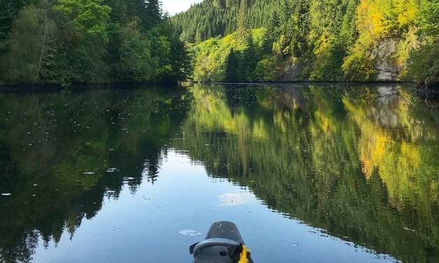 Met de kano de meren van Zweden verkennen