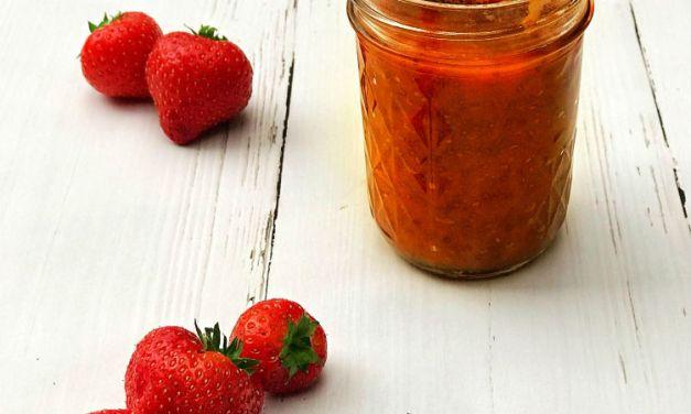 Aardbeien-perzik jam uit de slowcooker
