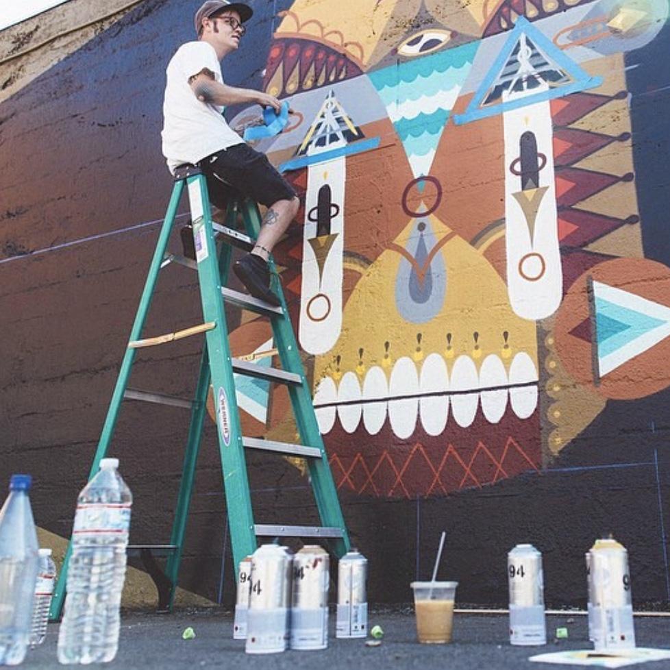 street art Winston the Whale