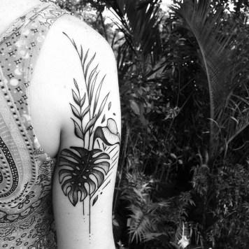 monstera back arm
