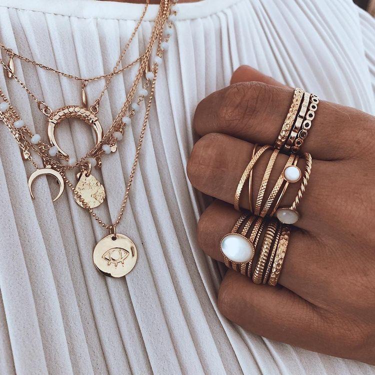 sieradentrends layering necklaces
