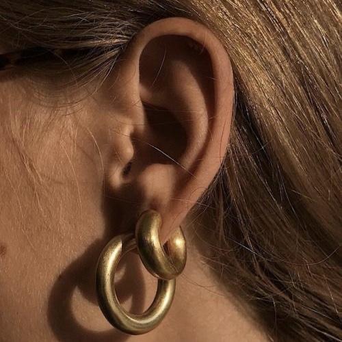 grote gouden oorringen