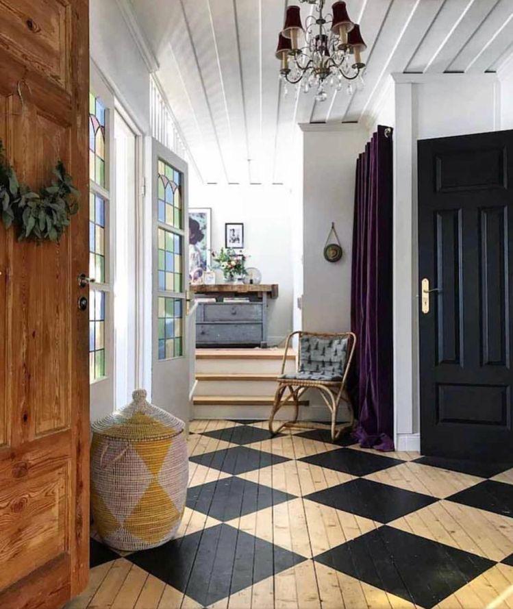 houten vloer met ruit
