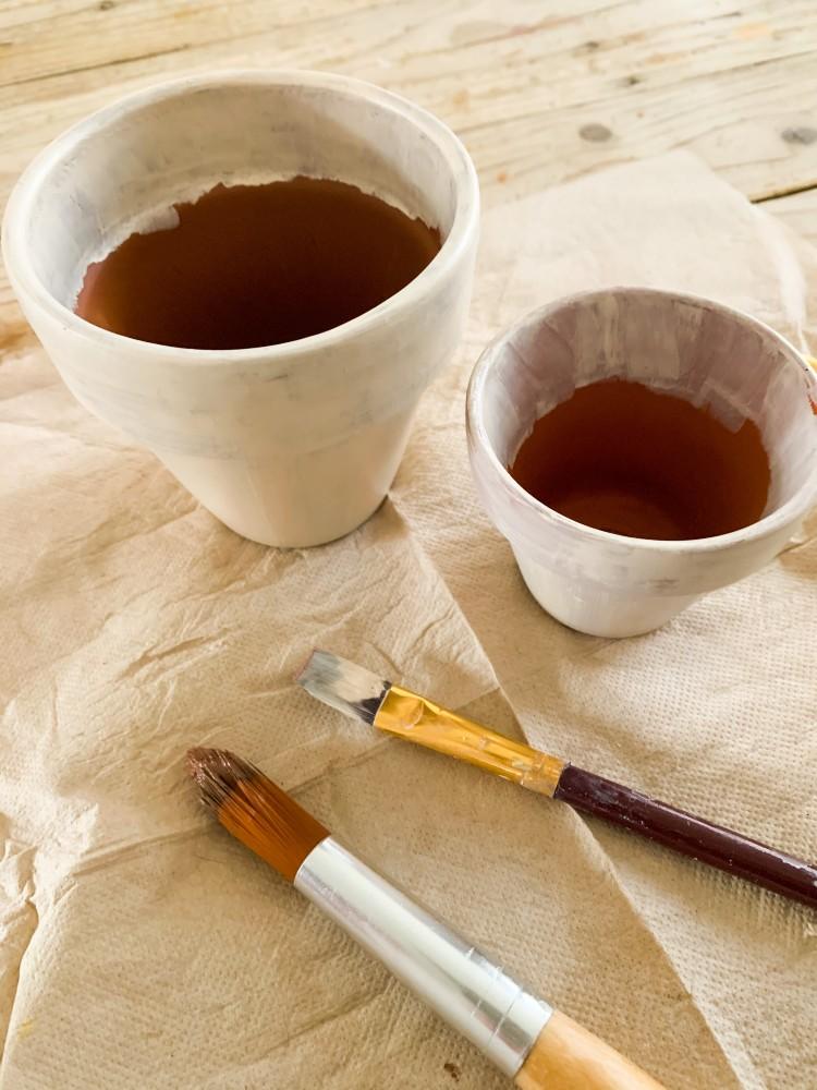 Terracotta potjes schilderen