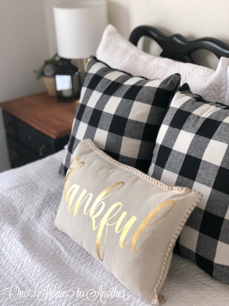 Read a Blog On Adding Buffalo Check To My Guest Room By Melissa
