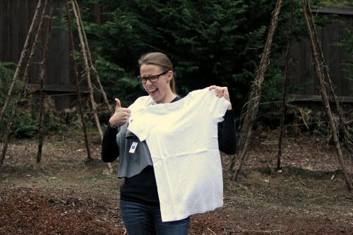 white gap t shirt