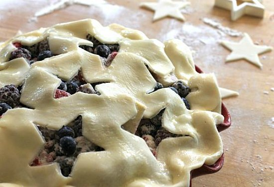 star cut out pie