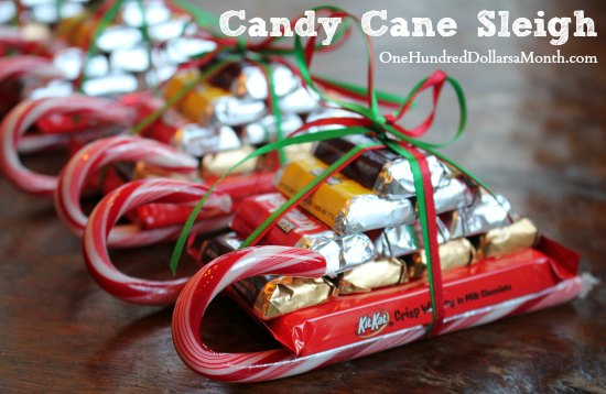 Easy-Kids-Christmas-Candy-Crafts-–-Candy-Cane-Sleigh6