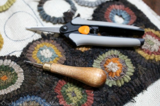 primitive rug hook