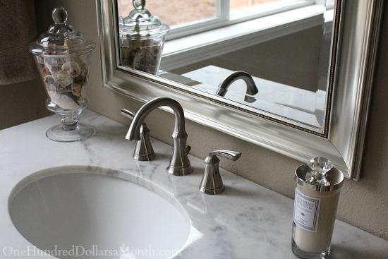 white marble bathroom vanity