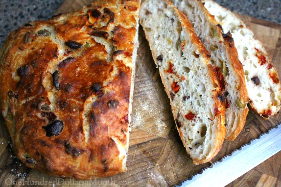 sundried tomato and olive loaf