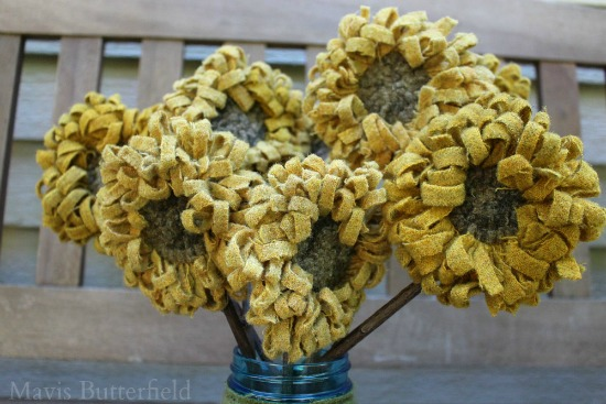 Primitive Folk Art Sunflowers Hooked Rug