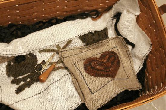 rug-hooking-basket