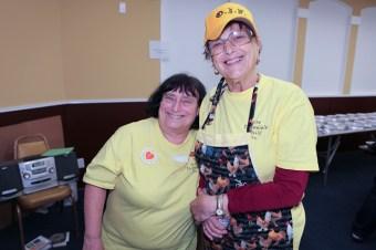 OIF Homeless Feeding 2012 (33 of 78)