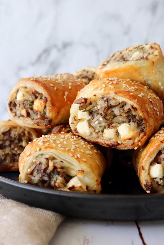 Græsk Farsbrøds Hapsere - Butterdejshapsere Med Oksekød Og Feta