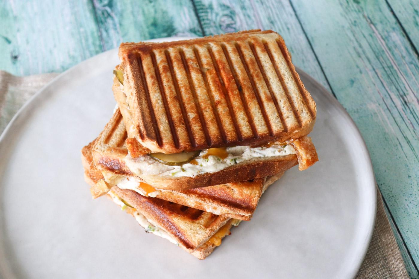 Flæskestegssandwich – Den Bedste Toast Med Flæskesteg