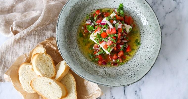 Feta I Marinade Af Frisk Salsa Og Olie – Lækkert Tilbehør Til Brød