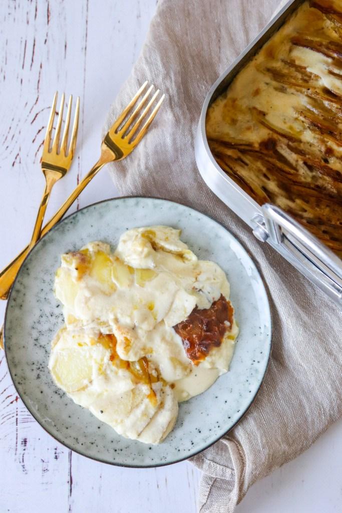 Verdens Bedste Flødekartofler Med Pikantost - Opskrift På Flødekartofler