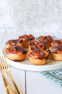 Mini Tærter Med Steak, Peberfrugt Og Løg - Mini Tærter Med Oksekød