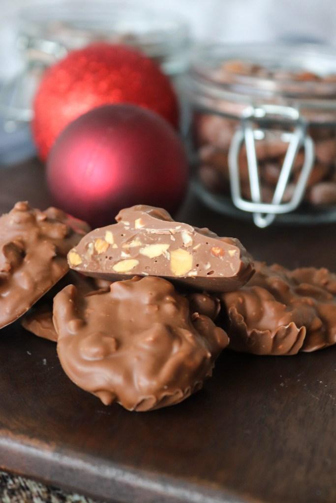 Juleslik Med Saltede Mandler Og Chokolade Hjemmelavet Juleslik