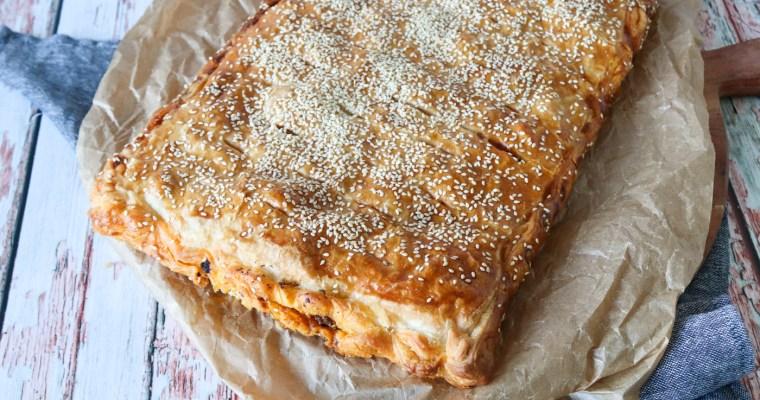Nem Taco Tærte Med Oksekød, Majs, Butterdej Og Flødeost