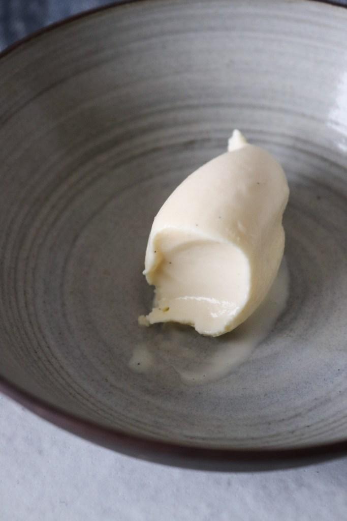 Simpel Hjemmelavet Vaniljeis - Cremet Og Lækker Vaniljeis