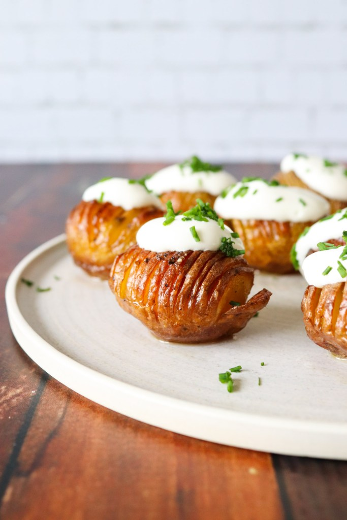 Hasselback Kartofler I Andefedt - Opskrift På De Bedste Hasselback Kartofler