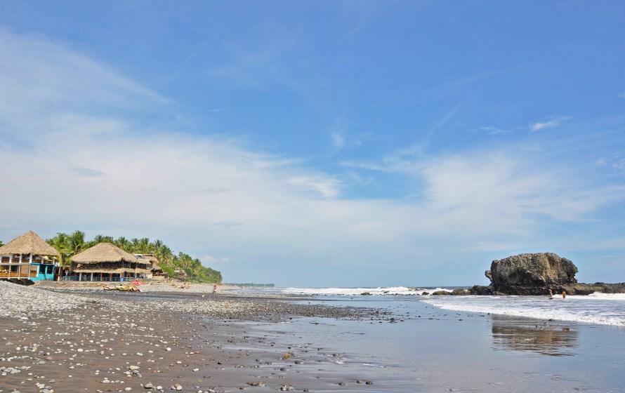 El Tunco in El Salvador