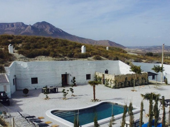 3 Bedroom Cave House With Pool And Hot Tub Near Benamaurel Andalucia Spain Cuevas Helena
