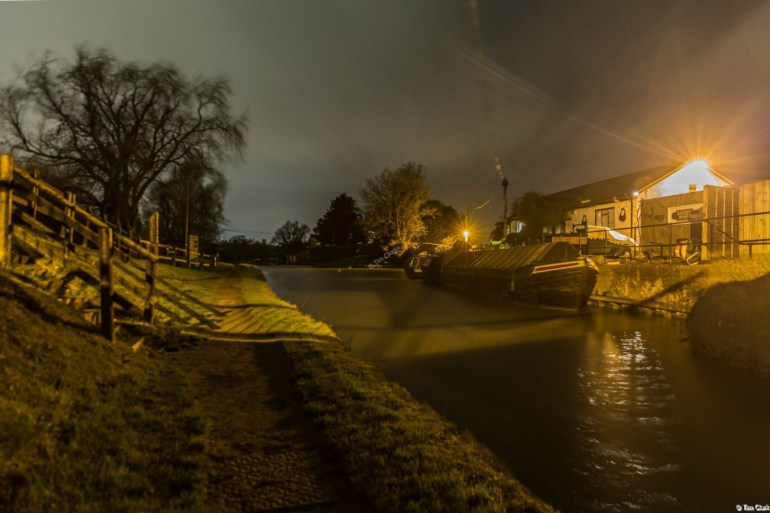 Badsey's Wharf, Hillmorton: Atmospheric dusk.