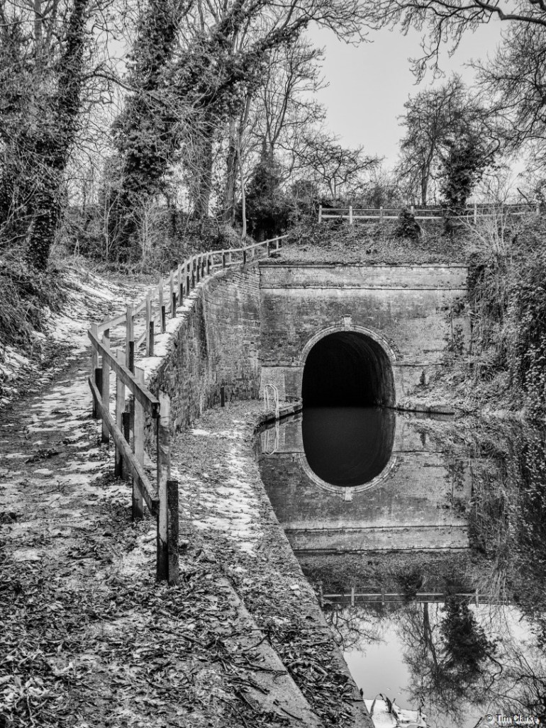 Shrewley Tunnel: Opened in 1799, the only one on this section.