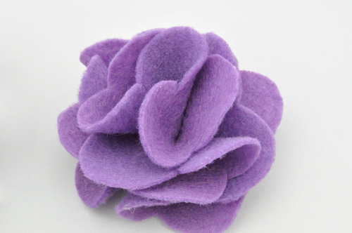 How to Make Fabulous Fabric Flowers  70  pics  Templates    One     How to Make A French Pouf  Flower