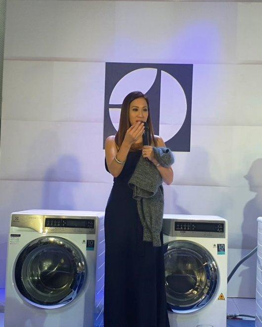 Electrolux FashionCare Season 2 Electrolux UltimateCare Washer Dryer