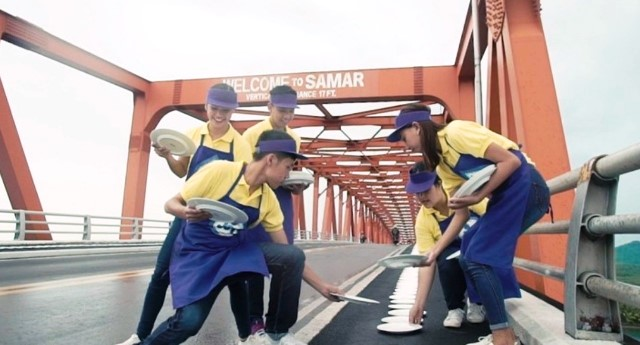 Best Ever Joy Dishwashing Liquid Breaks Record at the San Juanico Bridge