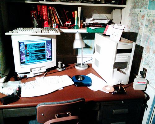 仕事場でシンプルな整理が続け、仕事ができるデスクになる3つのポイント