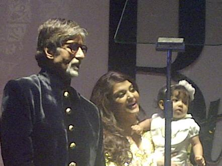 aaradhy-at-bigb-bash1