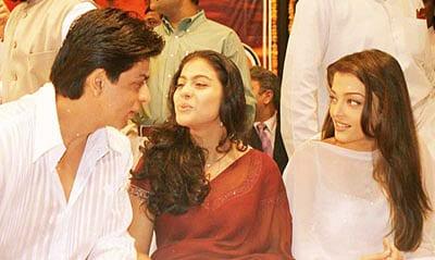 Shah Rukh Khan, Aishwarya Rai Bachchan & Kajol Spotted