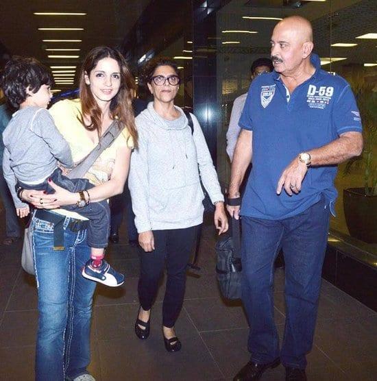 Hrithik Roshan, Rakesh Roshan, Hridhaan Roshan, Pinky Roshan, Sunaina Roshan & Sussanne Roshan Spotted at the Airport