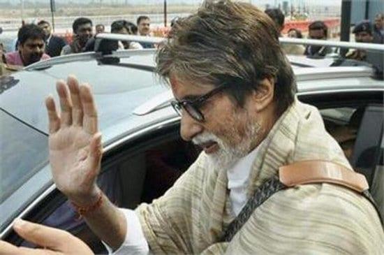 Aaradhya Bachchan, Aishwarya Rai Bachchan and Abhishek Bachchan arrive in Bhopal