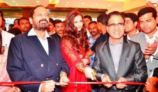 Aishwarya Rai Bachchan at the Inauguration Event for Kalyan Jewellers