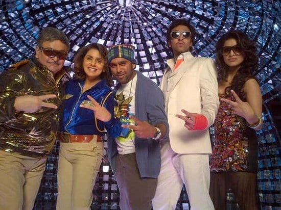 Ranbir Kapoor, Rishi Kapoor and Neetu Singh on the sets of Besharam