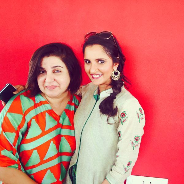 Riteish and Genelia Deshmukh, Tabu, Sushant Singh Rajput, Anil Kapoor, Jackie Shroff, Sonu Sood and Sania Mirza at Farah Khan's Eid Party