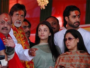 Amar Singh is so mad again that he's letting out Bachchan secrets again