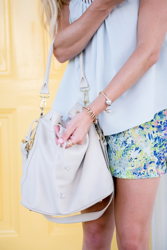 ora delphine white bucket bag-spring floral shorts-dallas fashion blogger