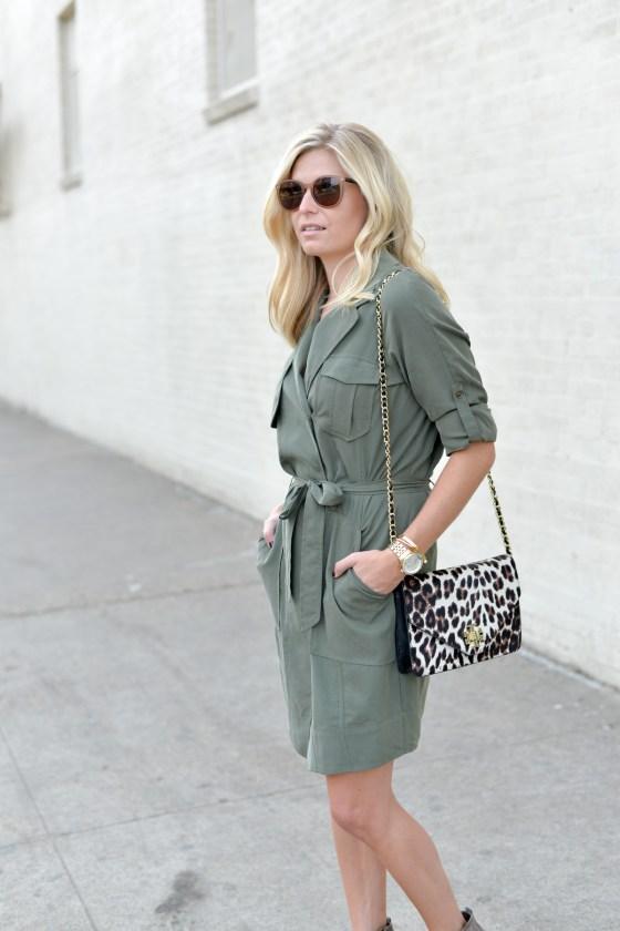 64c519f04c5 olive shirtdress-leopard crossbody purse-trench dress banana  republic-dallas fashion blogger