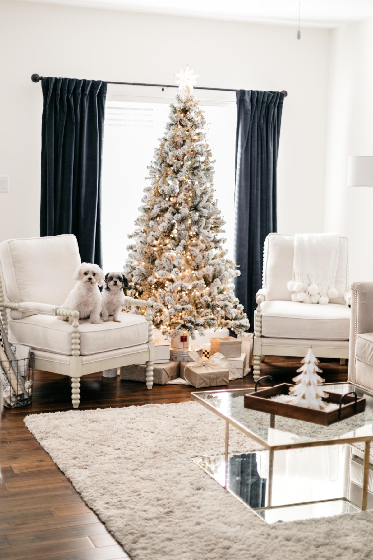 CHRISTMAS HOLIDAY HOME DECOR. U003c. U003e KING OF CHRISTMAS 7 Foot Prince Flock  Artificial Christmas Unlit, Flocked Snow