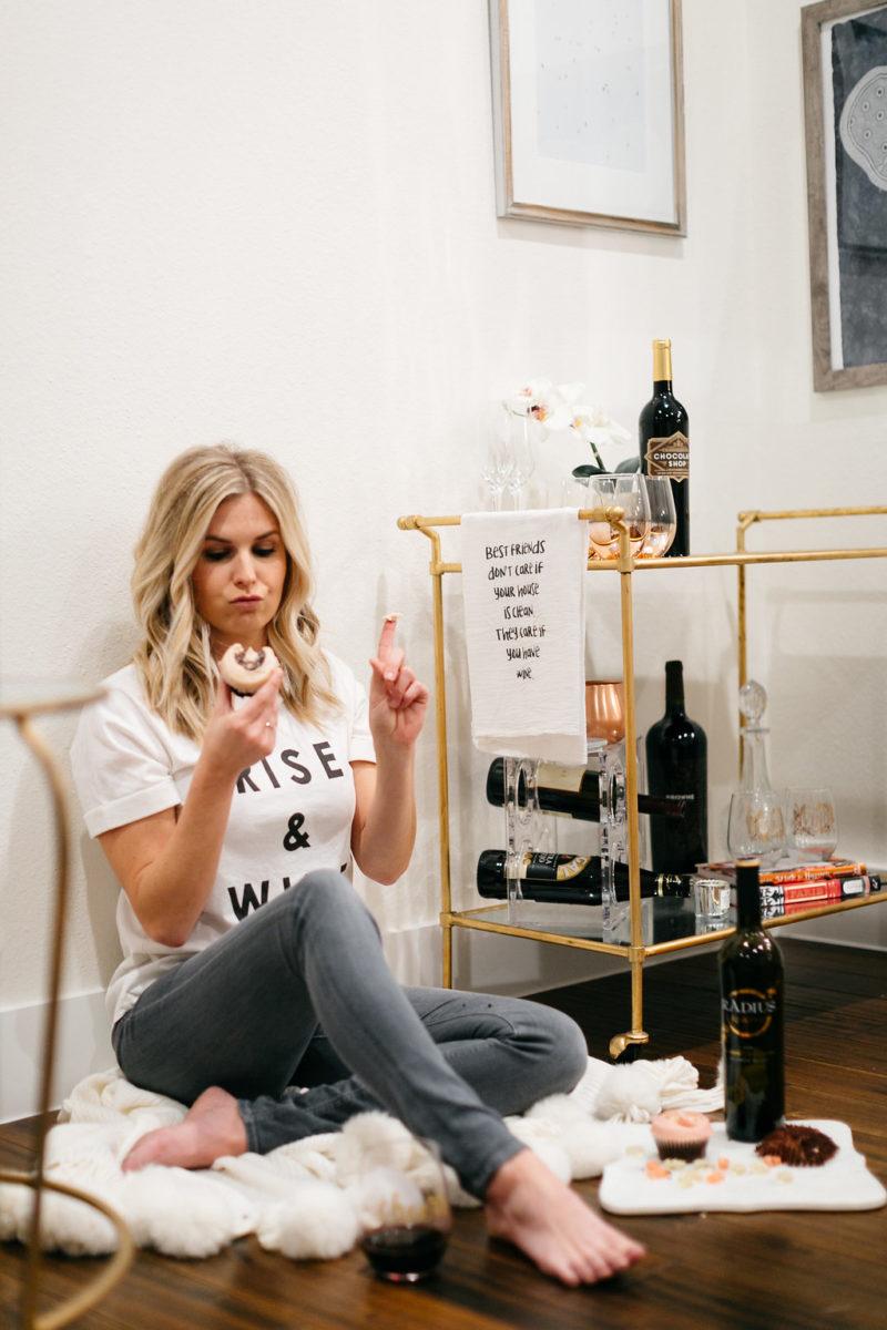 galentines, chocolate wine, dallas fashion blogger, galentines party ideas