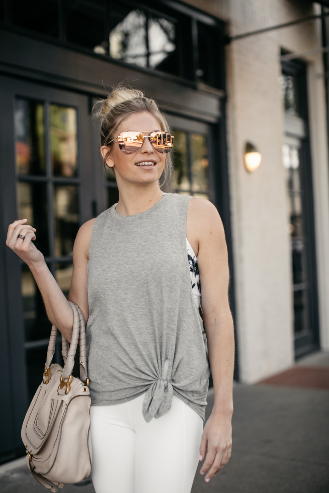 workout tank top on petite blogger